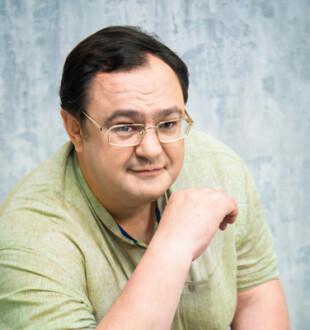 Денис Стаджи