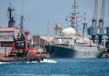 Российский военный корабль в порту суданского города Порт-Судан 27 апреля 2021 г.