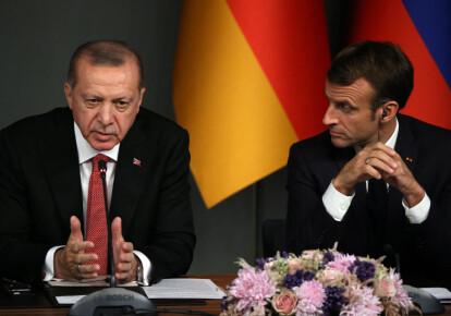 Эммануэль Макрон и Реджеп Эрдоган на совместной пресс-конференции в Стамбуле, Турция, 2018 г.