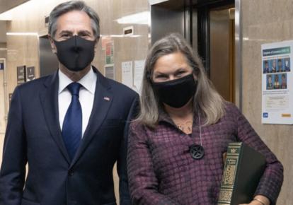 Госсекретарь США Энтони Блинкен и его заместитель Виктория Нуланд