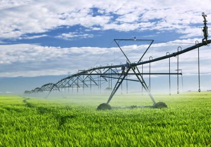 Держава повинна активізувати інвестиції, спрямовані на підвищення водного порога зростання, особливо в сегменті сільського господарства