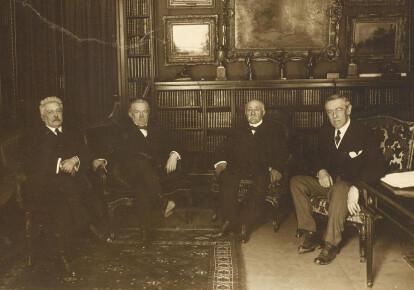 Верховна Ради Антанти: Вітторіо Орландо (Італія), Девід Ллойд Джордж (Велика Британія), Жорж Клемансо (Франція), Вудро Вільсон (США)