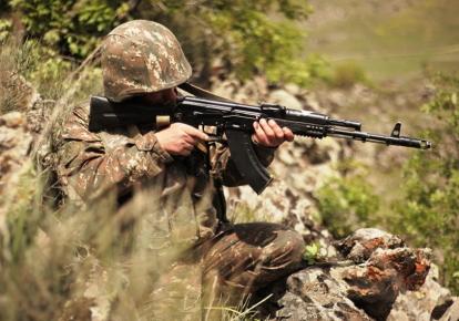 Азербайджан і Вірменія звинуватили один одного в обстрілі позицій на кордоні