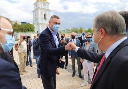 Віталій Кличко зустрівся з послами 20 країн Європи