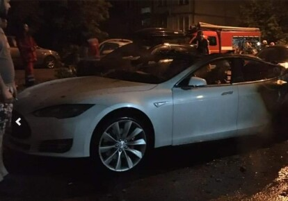 Автомобиль Tesla после пожара