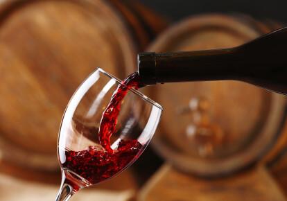 Украина обнулит пошлины на вино из ЕС с 2021 года