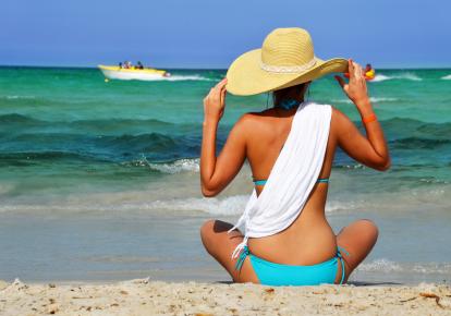 Жінка на пляжі