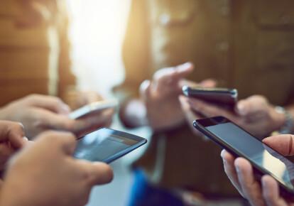 Быстрых изменений в условиях предоставления услуг абонентам мобильной связи ждать не стоит