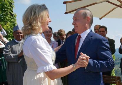 Карін Кнайсль із Володимиром Путіним