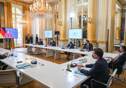 Володимир Зеленський на переговорах з Емманюелем Макроном і Ангелою Меркель