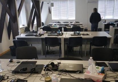 СБУ блокировала сеть подпольных сall-центров