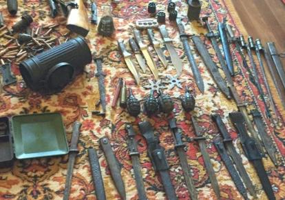 Оружие и боеприпасы направили на экспертизу