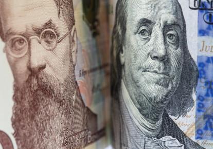 Курс долара поповз вгору