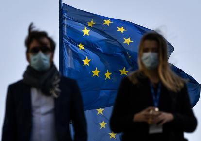 Эпидемия коронавируса обостряет старые болезни ЕС