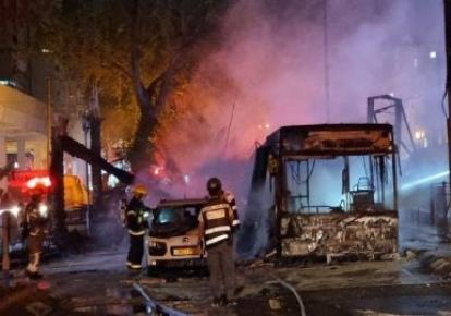 Наслідки обстрілів Тель-Авіва