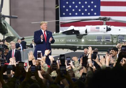 Президент США Дональд Трамп під час зустрічі з солдатами Збройних сил США в Кореї (USFK) на авіабазі Осан 30 червня 2019 р.