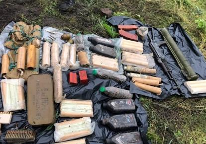 Правоохранители нашли спрятанный арсенал