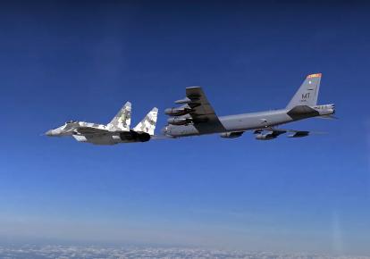 Самолеты НАТО над Украиной