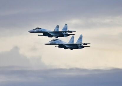 Минобороны России перебросило в оккупированный Крым более 50 истребителей, бомбардировщиков и штурмовиков