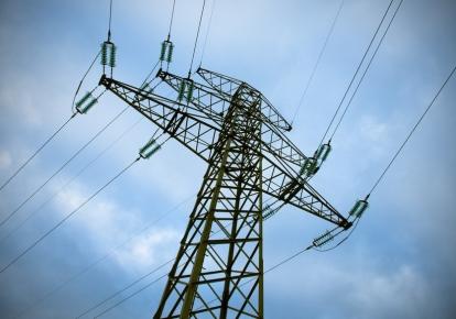 Бригади обленерго відновлюють електропостачання