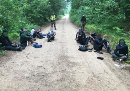 Мігранти, затримані при спробі перетнути литовський кордон/lrytas.lt