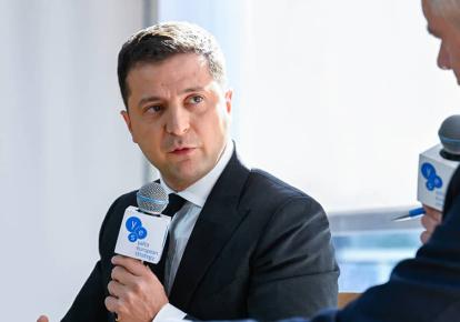 Владимир Зеленский на форуме  YES / yes-ukraine.org
