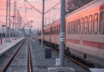 """В """"красной"""" зоне поезда будут курсировать по расписанию, но только с техническими остановками"""