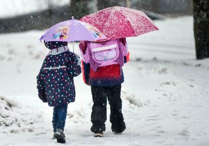 В Ужгороді закриють школи через негоду
