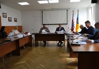 Соответствующее поручение ранее давал мэр Анатолий Бондаренко