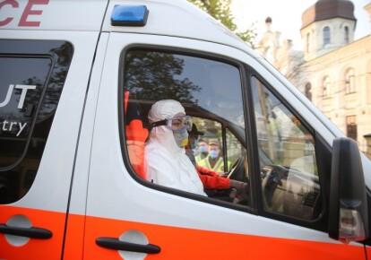 За прошедшие сутки, 8 декабря, в Киеве обнаружили еще 1728 инфицированных коронавирусом