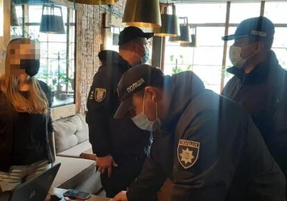 За соблюдением карантина следят усиленные мобильные группы правоохранителей