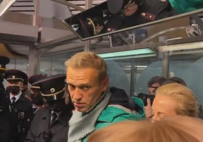 Олексій Навальний повернувся в Росію і був затриманий в аеропорту