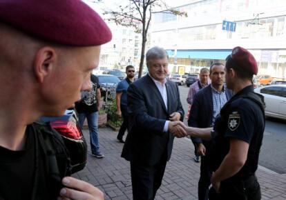 Петр Порошенко прибыл на допрос в Государственное бюро расследований. Фото: УНИАН