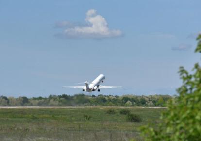 В Украине планируют отменить НДС на внутренние авиаперевозки. Фото: УНИАН