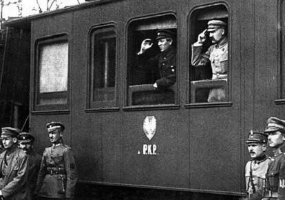 Кадр з хроніки із Симоном Петлюрою та Юзефом Пілсудським, 1920-й