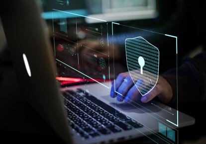 Чтобы предотвратить появление квалифицированных, мотивированных и хорошо обеспеченных ресурсами киберпреступников, США следует разработать комплексный подход на национальном уровне