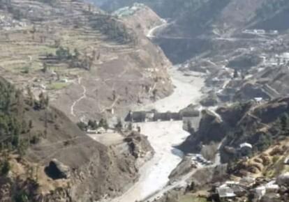 В Індії сходження льодовика спричинило масштабну повінь