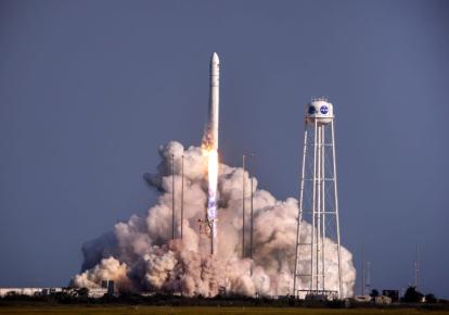 """В жидком кислороде, необходимом для ракет, остро нуждаются """"тяжелые"""" пациенты с Covid-19"""
