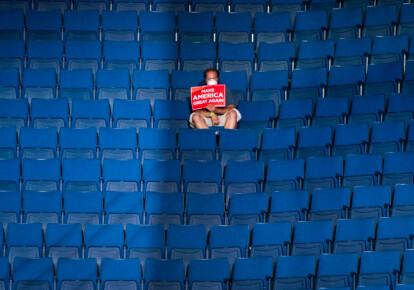 На 19-тысячеместный стадион в Талсе пришли всего лишь 6,2 тыс. человек. Фото: Getty Images