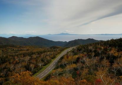 Вид на острів Кунашир, частина архіпелагу, підконтрольна Росії