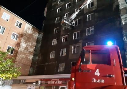 Пожежа сталася у 10-поверховому будинку на вулиці Виговського