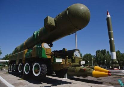 Дипломат Андрей Мельник заявил, что Украина должна стать членом НАТО, иначе придется подумать о ядерном статусе