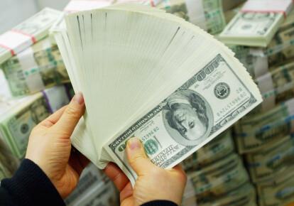 Золотовалютні резерви НБУ досягли рекордного рівня за останні роки: на початок березня вони склали $28,8 млрд