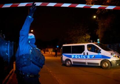 Полиция на месте убийства учителя во Франции