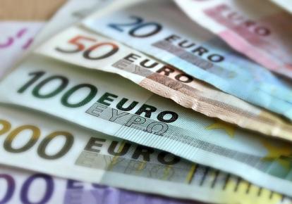 В Германии проводят эксперимент по изучению базового дохода