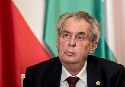 Мілош Земан пропонує перерахувати виборчі бюлетені в Білорусі