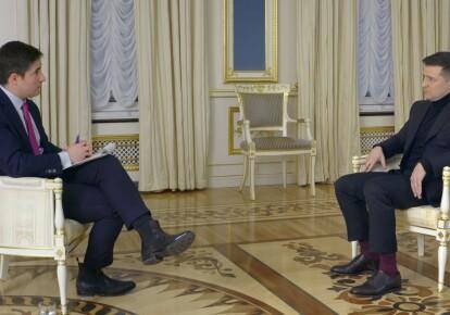 Владимир Зеленский дает интервью