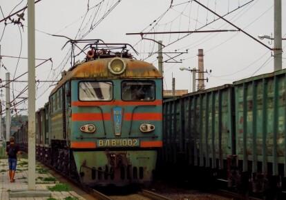 Залізничний потяг
