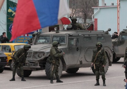 Російські військові в Криму. Фото: УНІАН