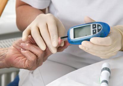 Лише 20% людей з інсулінозалежним діабетом в Україні мають доступ до лікування аналоговими інсулінами